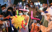 34 em nhỏ nhún nhảy tận hưởng Đêm hội trăng rằm tại Bệnh viện Trưng Vương