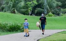 HỎI - ĐÁP về dịch COVID-19: Phát phiếu đi công viên tập thể dục