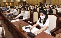 Hơn 300.000 tỉ đồng cho đầu tư công trong 5 năm tới được Hà Nội phân bổ thế nào?