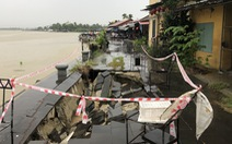 Sạt lở nghiêm trọng kè sông, đe dọa phố cổ Hội An trước mùa mưa bão