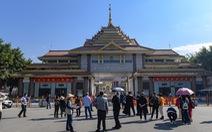 Thành phố biên giới Trung Quốc treo thưởng 'khủng' để bảo vệ thành tích chống dịch