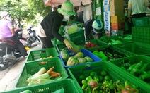 Chợ đầu mối ế khách do chợ... chui