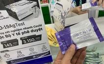 TP.HCM mua hàng trăm ngàn test kit được giảm giá