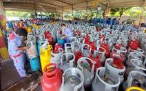 Gas tăng mạnh 42.000 đồng, mỗi bình gas giá 'kỷ lục': hơn 460.000 đồng