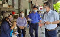 Bí thư Đà Nẵng bất ngờ ra chợ hỏi ý kiến người dân về công tác chống dịch
