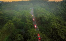 Tháo ghế, biến xe khách thành xe tải mang 1.000 tấn nông sản Đà Lạt tặng TP.HCM