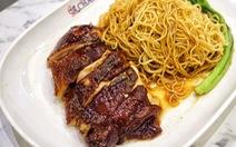 Quán cơm gà ông Chan nổi tiếng ở Singapore mất sao Michelin Guide