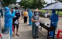 HỎI - ĐÁP về dịch COVID-19: Bình Dương áp dụng 'thẻ thông hành vắc xin', ai được ra đường?