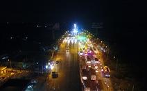 Flycam toàn cảnh BOT Cai Lậy đóng - xả trạm trong đêm 2-12