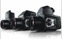 """Máy ảnh 56 """"chấm"""": hàng khủng, giá khủng"""