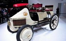 Triển lãm chiếc xe lai đầu tiên của thế giới