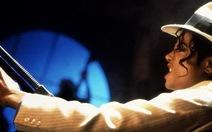 """Bài hát của Michael Jackson nghe muốn """"té ghế"""" thì sao?"""