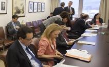 IMF: khi các sếp đứng trên luật