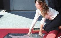 Shania Twain nhận ngôi sao danh vọng