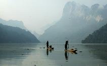 Ba Bể: thẳm xanh hồ trên núi