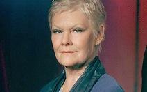 Dame Judi Dench nhận Quả cầu pha lê