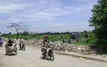 Đổ phế thải xây dựng bừa bãi