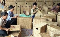 Hàng thủ công mỹ nghệ xuất khẩu sản xuất cầm chừng