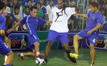 Sức hút của những huyền thoại bóng đá đường phố
