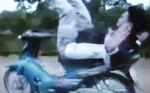 Xác định chiếc xe trong clip lái xe bằng… mông