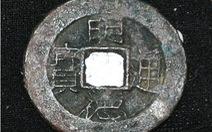 Phát hiện đồng tiền Nguyễn Nhạc trong mộ phu nhân Thoại Ngọc Hầu