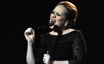 Adele hủy bỏ tất cả sô diễn cuối năm 2011