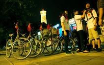 Xe đạp đêm Hà Nội
