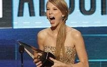 Taylor Swift: Nghệ sĩ của năm