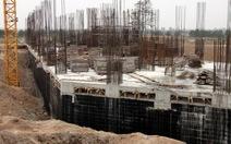 Chung cư xây giữa chừng bỏ hoang