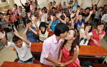 Nụ hôn trong giảng đường
