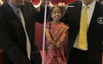 Cô gái thấp nhất thế giới