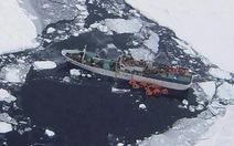 Chạy đua cứu tàu Nga bị thủng gần Nam cực