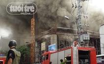 Đà Nẵng: cháy thiêu rụi vũ trường Phương Đông