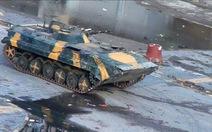 Syria rút xe tăng ra khỏi các thành phố