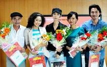 Showbiz Việt - một năm nhìn lại và bước tới