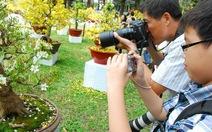 Đông đảo khách tham quan hội hoa xuân Tao Đàn