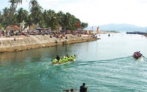 Khai hội sông nước Tam Giang