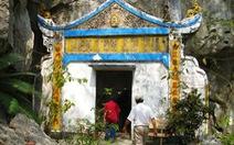 Ra Hòn Nghệ viếng chùa Liên Tôn