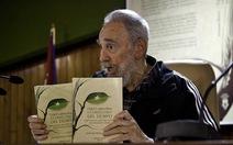 Lãnh tụ Fidel Castro ra mắt hồi ký
