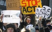 Châu Âu biểu tình rầm rộ phản đối ACTA