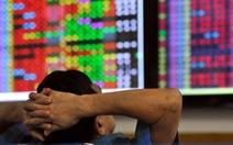 Cổ phiếu đồng loạt giảm sàn