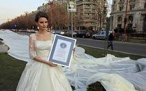 Váy cưới dài nhất thế giới