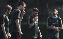 """Milan sẵn sàng """"bắn hạ"""" Barcelona"""