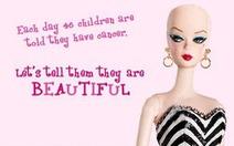 Khi búp bê Barbie không có tóc