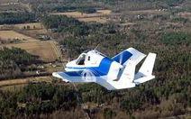 Xe bay bay chuyến đầu tiên