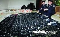 Bắt buôn lậu máy ảnh và máy quay phim 63,5 triệu USD