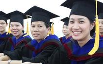 Học viên cao học tốt nghiệp