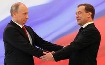 Putin đề cử Medvedev làm thủ tướng