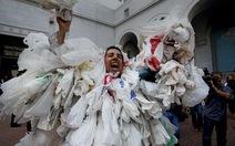 Thành phố Los Angeles cấm túi nhựa