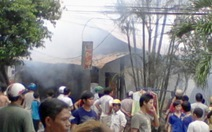 Cháy ở chợ Bù Đăng, thiệt hại trên 2 tỉ đồng